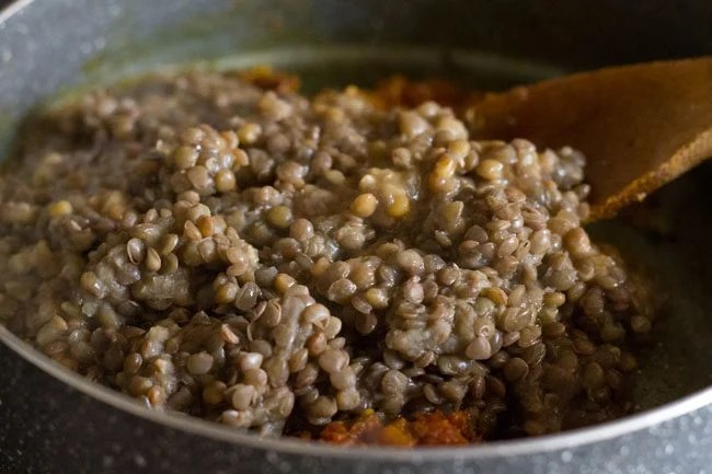 making sabut masoor dal recipe