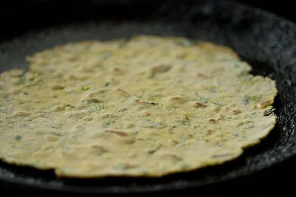 frying thepla - methi thepla recipe