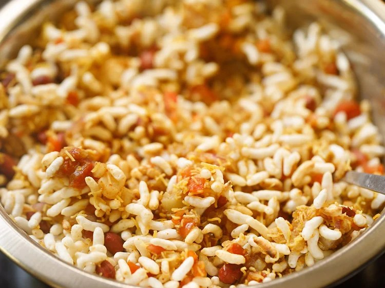 bhel puri done and ready to serve