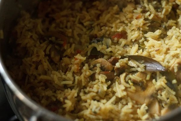 mushroom biryani recipe, kalan biryani recipe, South Indian mushroom biryani recipe