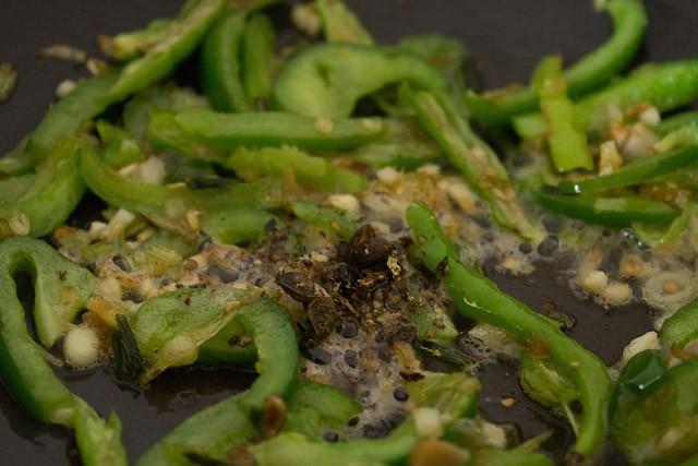 stir to make chilli paneer recipe