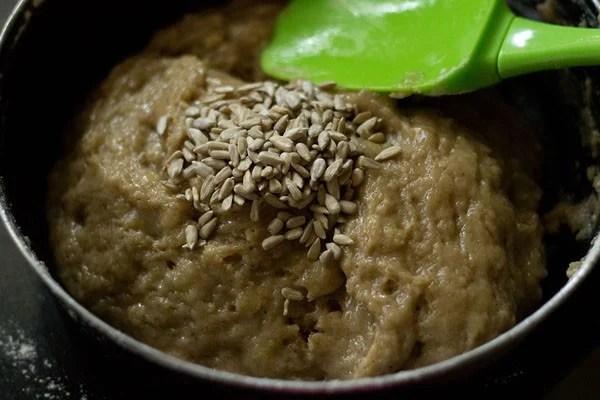 making vegan eggless banana bread batter