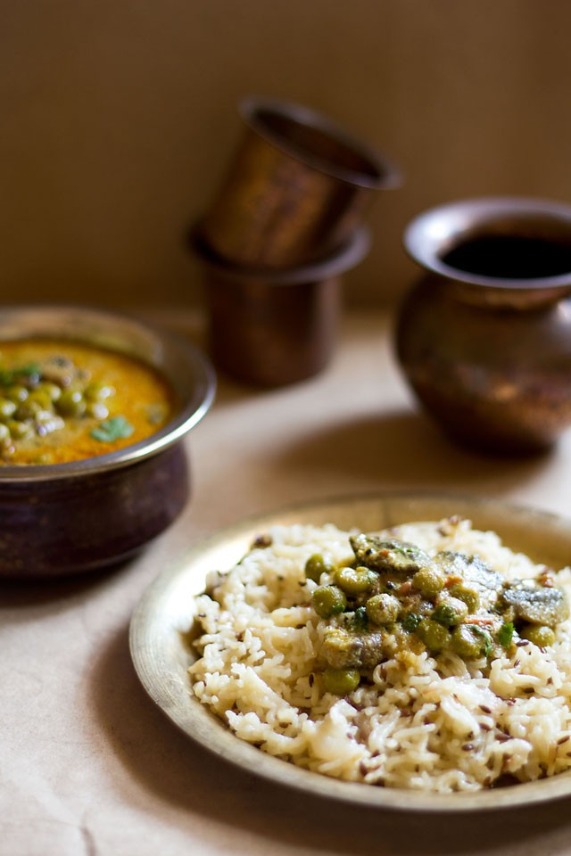 South Indian mushroom peas curry