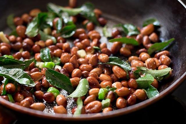 curry leaves for peanut chutney recipe