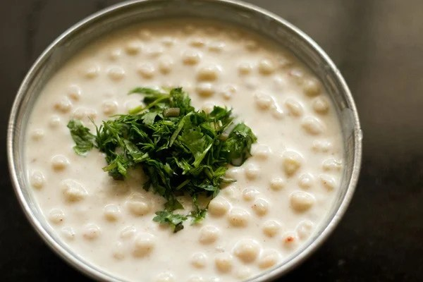 add mint leaves to boondi raita