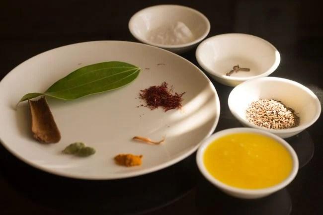 ingredients for saffron rice