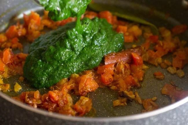 aloo palak curry recipe