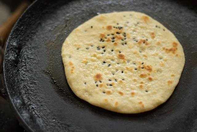 making kulcha recipe