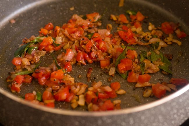 sauteing tomatoes for masala rice