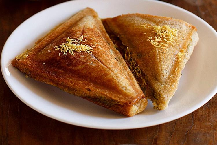 veg masala toast sandwich recipe32