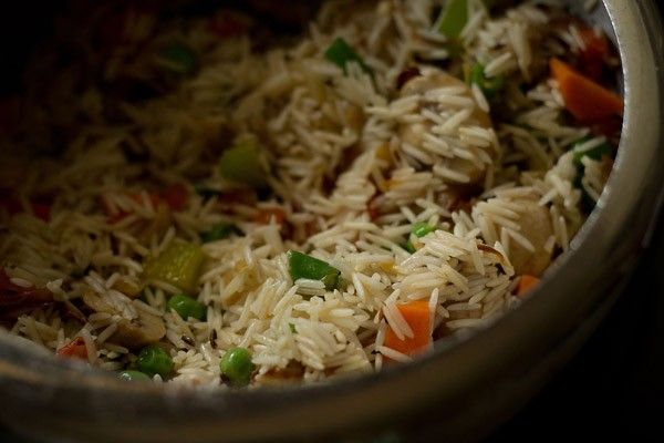 saute vegetable pulao in pressure cooker