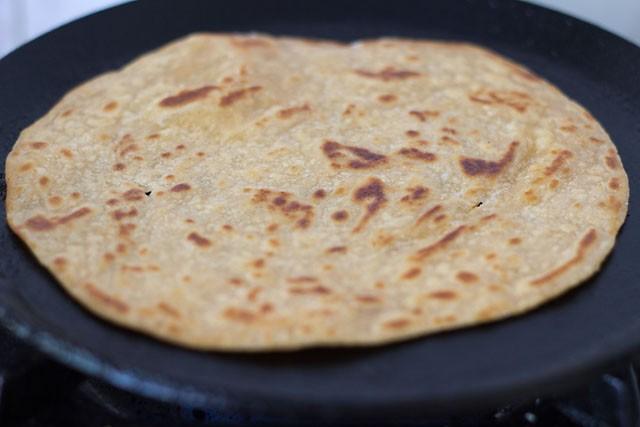 frying Kerala paratha or Kerala parotta recipe
