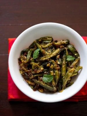 lahsuni bhindi or garlic bhindi