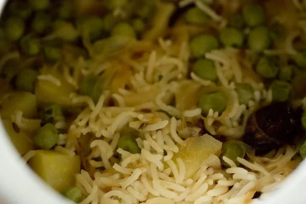 cooking matar pulao