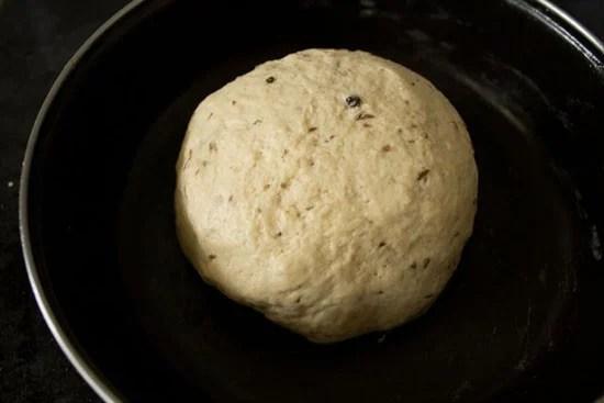 dough for pakwan recipe