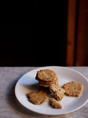 mathri recipe, baked punjabi mathri