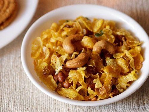 https://www.vegrecipesofindia.com/cornflakes-chivda-recipe-makai-chivda/