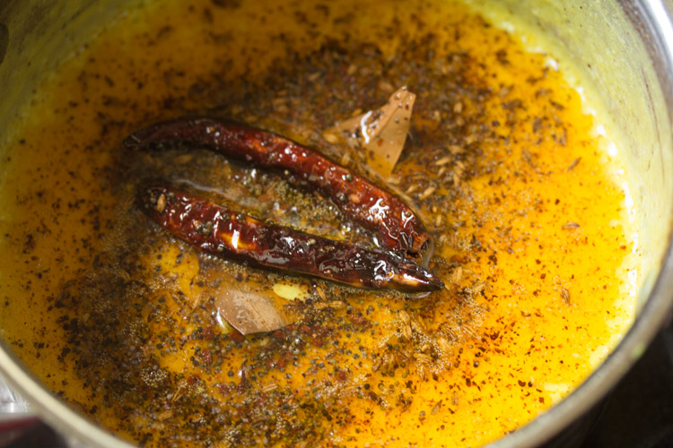 adding tempering to Rajasthani kadhi