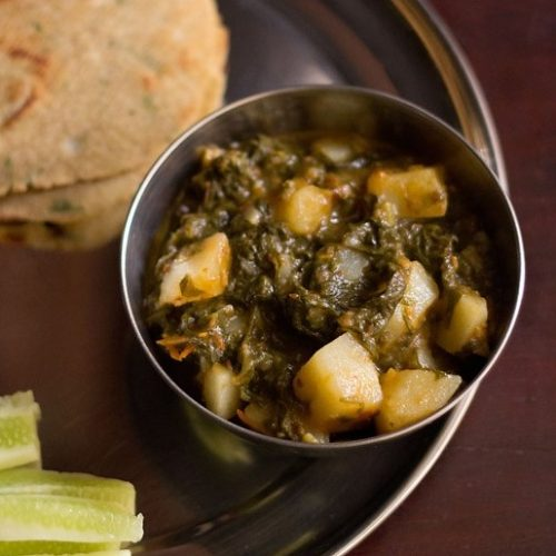 aloo palak recipe, spinach potato curry recipe