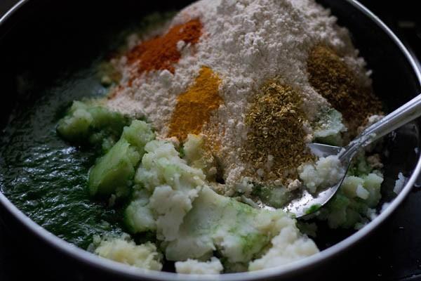 ingredients for aloo palak paratha recipe