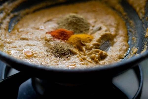 making baby corn masala recipe, making baby corn curry recipe