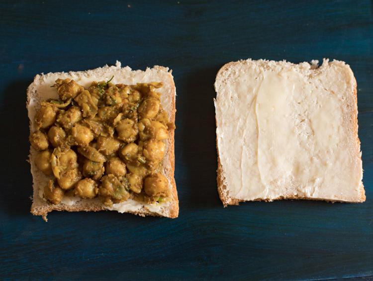 chana masala toast sandwich recipe