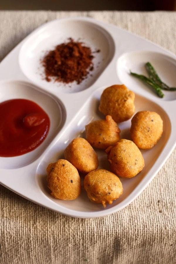moong dal bhajiya recipe, moong dal pakora recipe