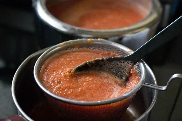 making tomato ketchup recipe