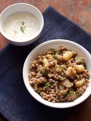 buckwheat khichdi recipe, kuttu ki khichdi recipe, vrat ki khichdi recipe