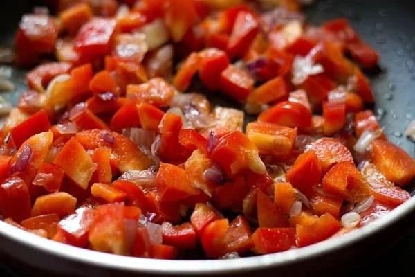 add bell peppers to prepare calzone recipe