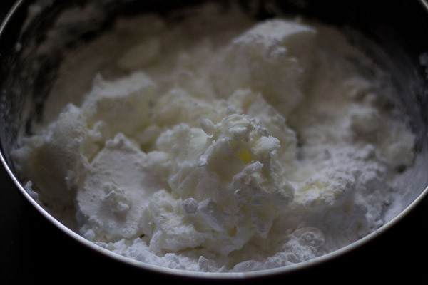 butter and sugar for mawa cake recipe