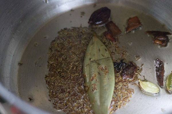 saute spices for kathal pulao
