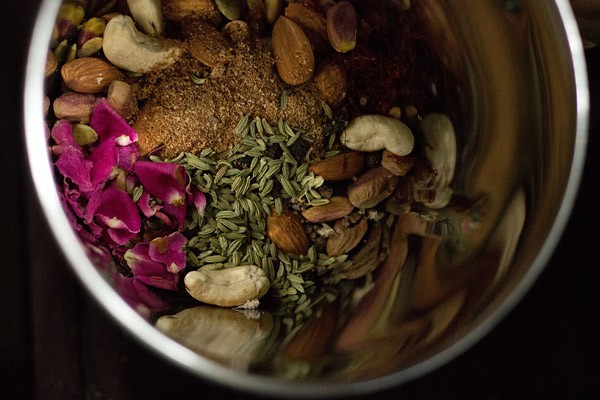 grind milk masala powder ingredients
