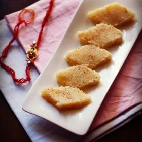 coconut burfi recipe, coconut barfi recipe, nariyal barfi recipe