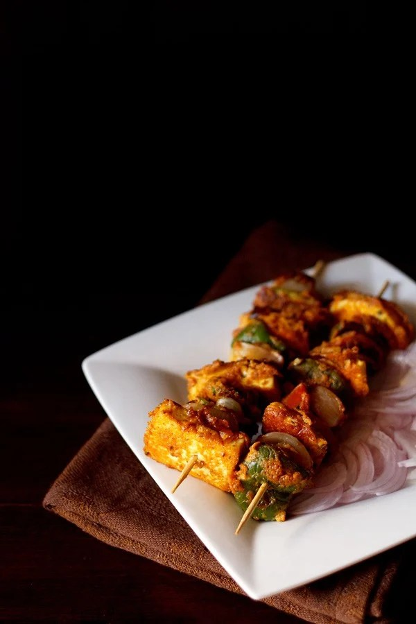 paneer tikka in a serving plate