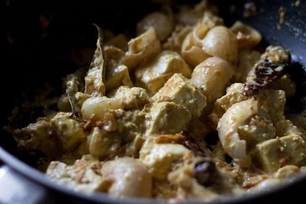 making paneer do pyaza recipe