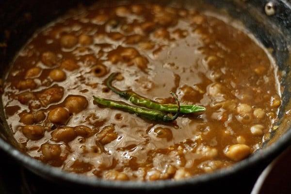 add chillies to kadai chole recipe