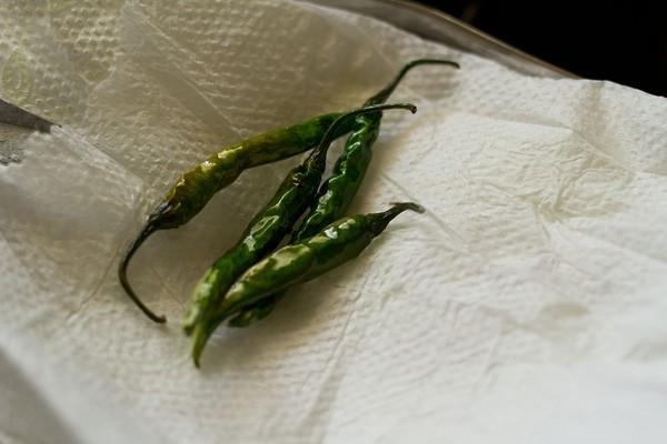 fried chillies for kadai chole recipe
