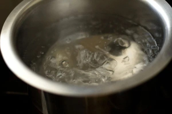 water to make veg chow mein noodles recipe