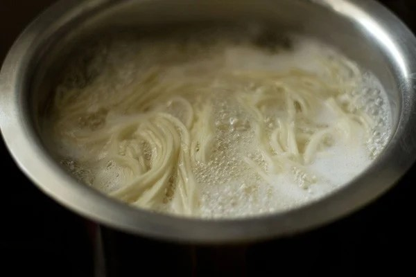 cooking noodles for veg chow mein recipe