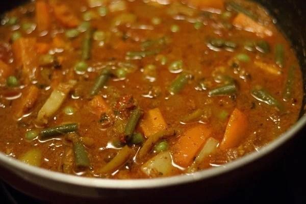 stir veg kolhapuri masala