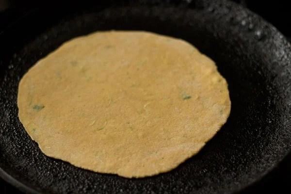 frying lauki thepla
