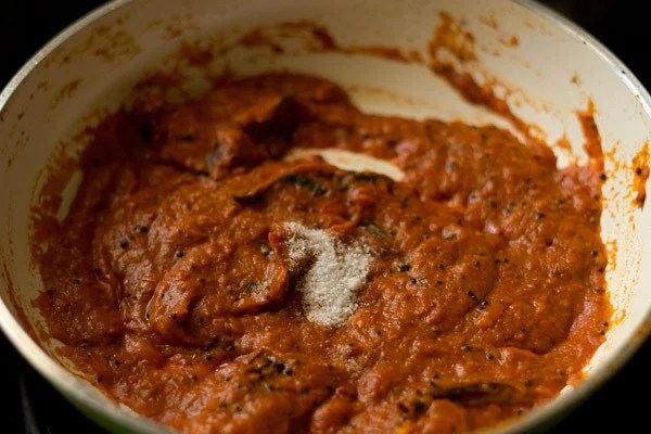 making tomato chutney recipe