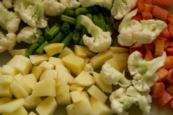 chopped vegetables for veg makhanwala recipe