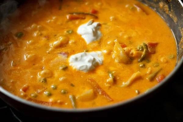add cream to veg makhanwala recipe