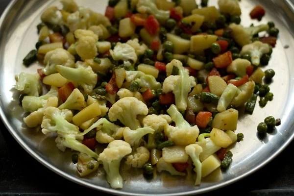vegetables for veg makhanwala recipe