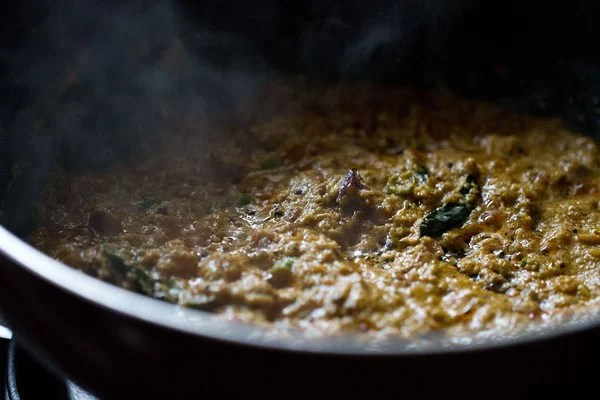 stir Kerala kadala curry