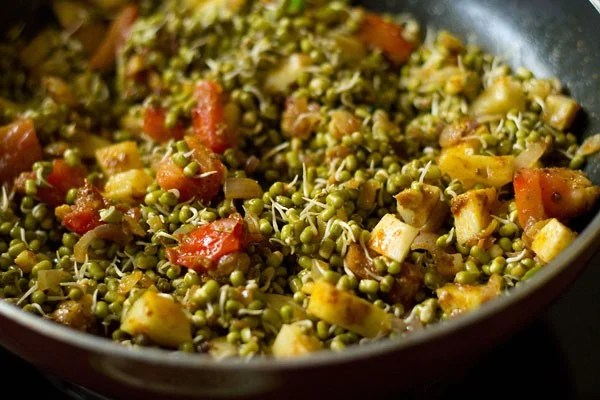 stir moong sprouts sabzi