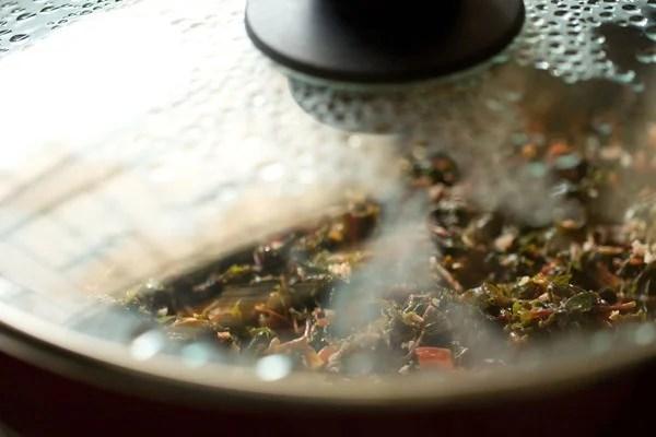 cooking tambdi bhaji recipe