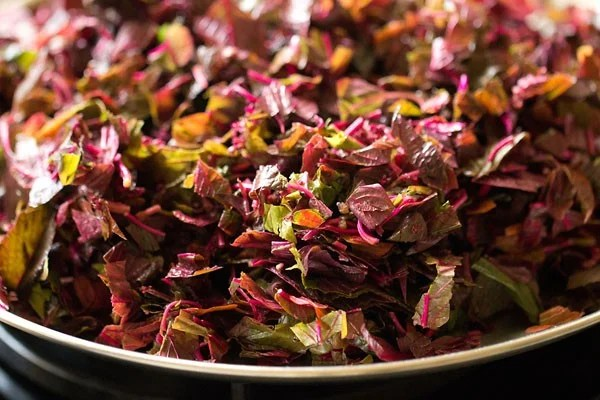 chop amaranth leaves, chop red amaranth, tambdi